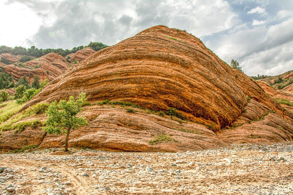 Horse Trek Arslanbob to Toktogul, Red Rock Formations - Jalal-Abad Region, Kyrgyzstan