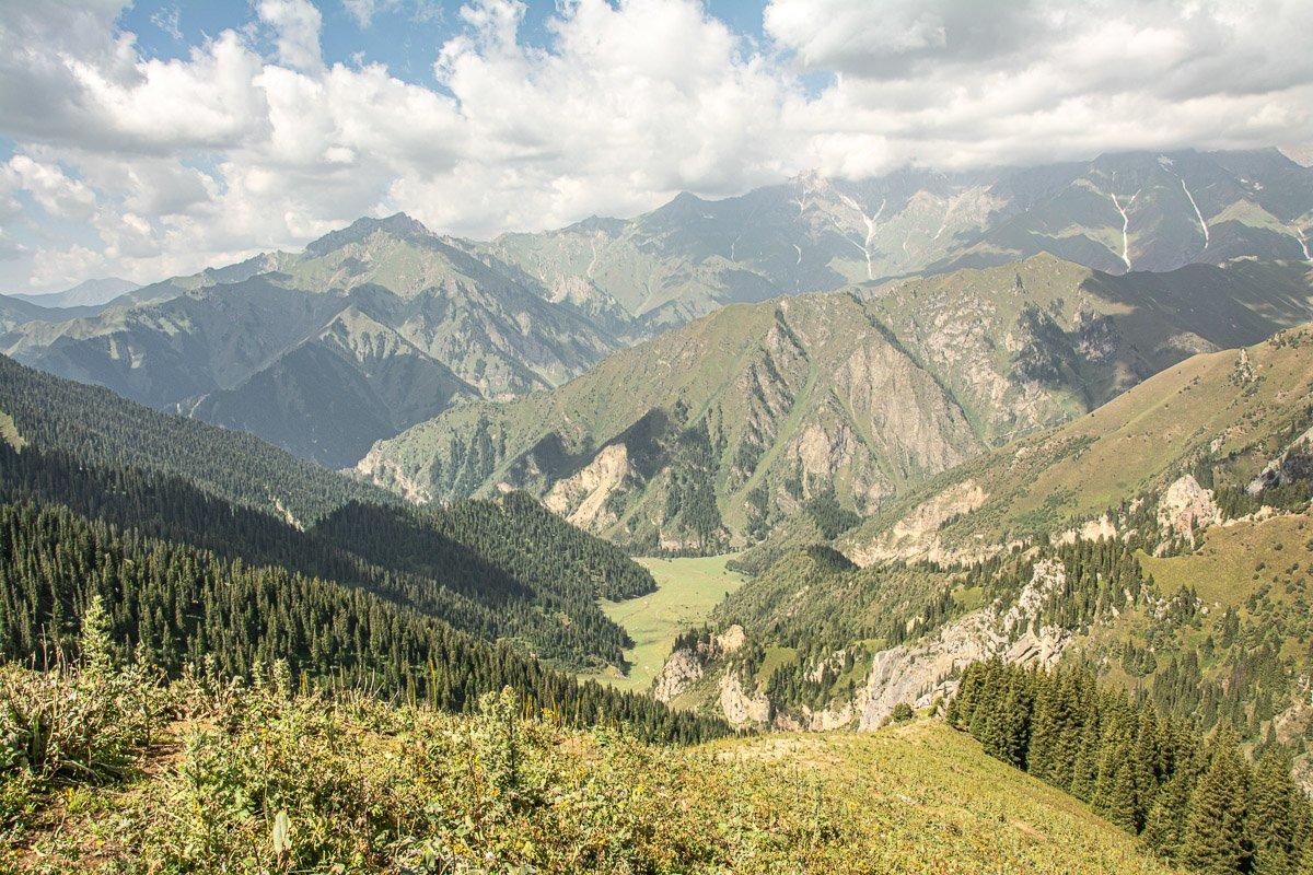 Sary-Chelek Trekking Adventure Kuldmabess Pass lal-Abad Region, Kyrgyzstan